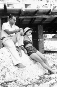 Elsa Morante con Alberto Moravia a Capri