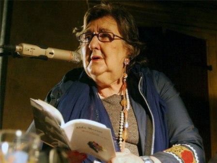 Alda Merini e la poesia come un'arma tagliente