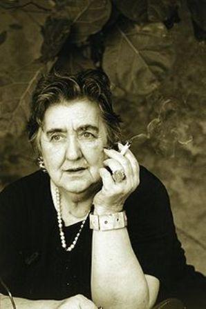 Alda Merini, la poetessa dei Navigli