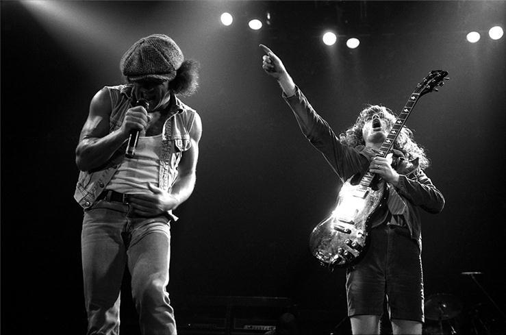 """""""Back In Black"""": la rinascita degli AC/DC"""
