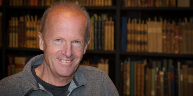 Jim Crace, intimo e austero affabulatore dello straniamento individuale e collettivo contemporaneo