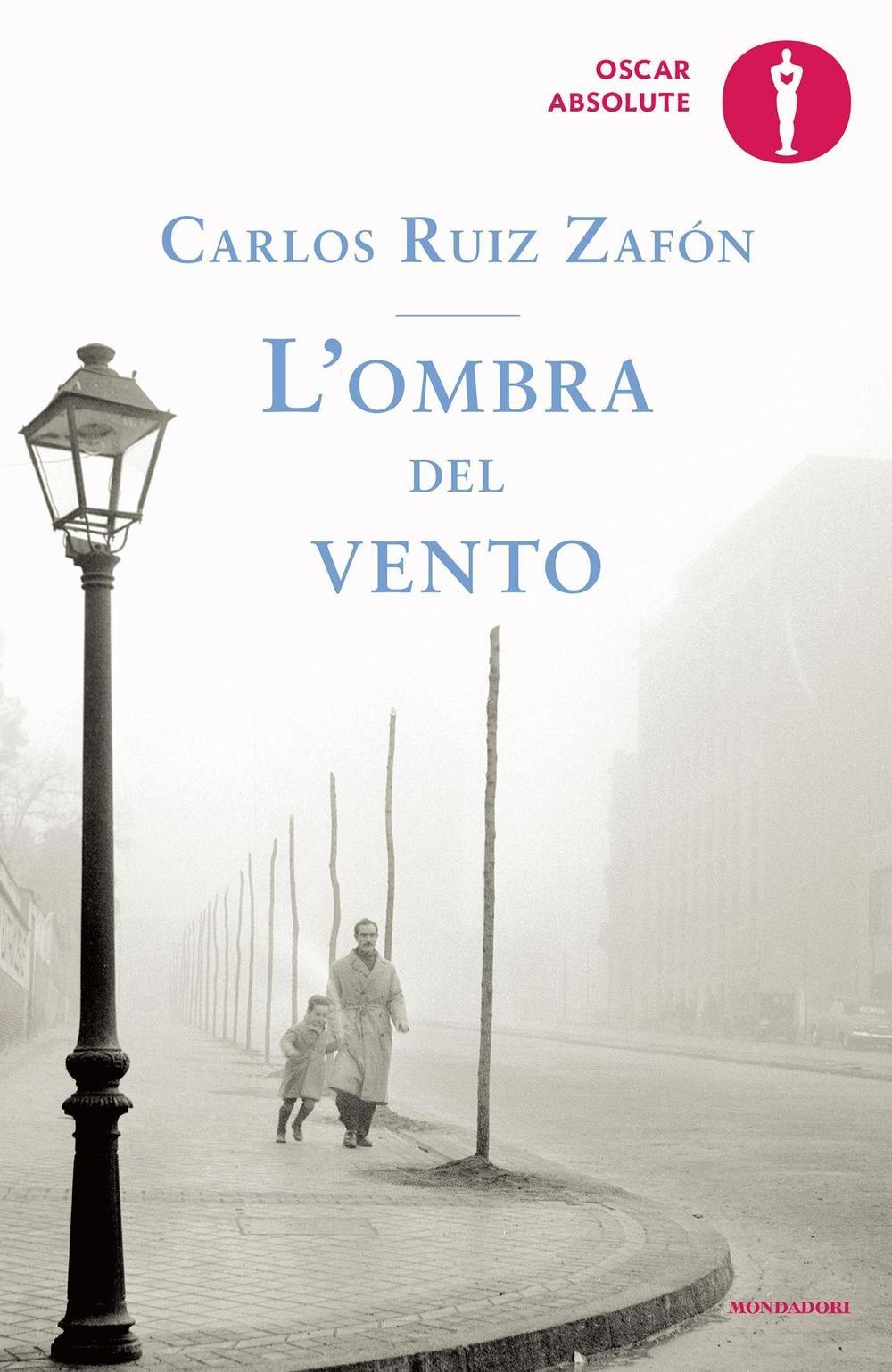Addio a Carlos Ruiz Zafón: le 10 più belle frasi del capolavoro 'L'Ombra del vento'