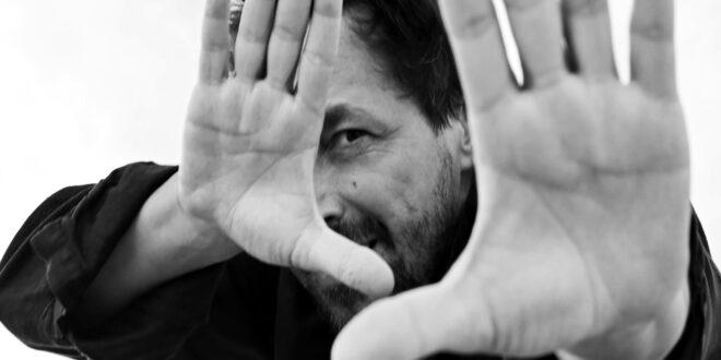 Yari Gugliucci, attore versatile e alla ricerca di storie originali, farà parte della giuria di Cannes 2021