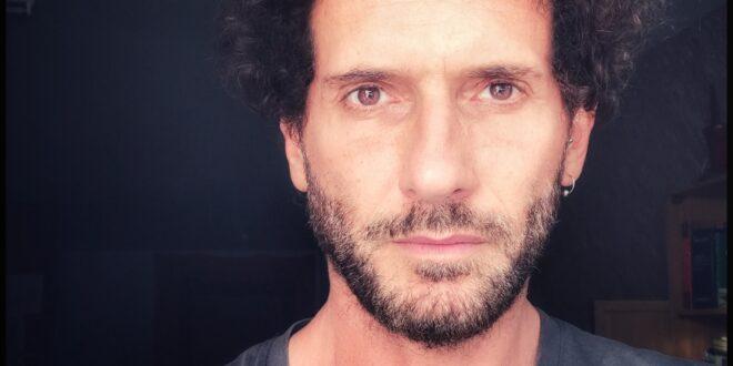 Matteo Delbò, documentarista e film-maker di Report, tra principio di realtà e verità